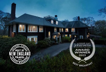 The exterior of the Nobnocket inn with various awards including Best of New England Travel 2019 Yankee Magazine and Conde Nast Johansens Best Breakfast 2021